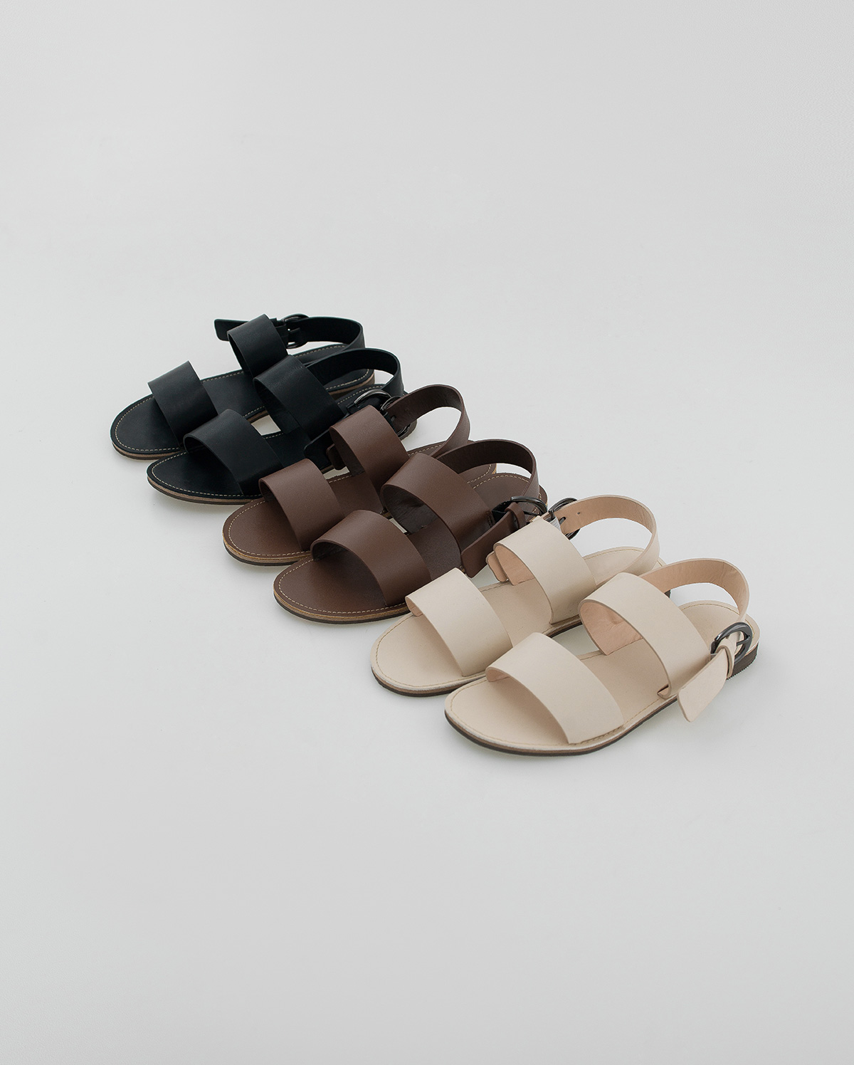 daily wide strap sandal