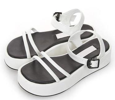 Earum strap sandals