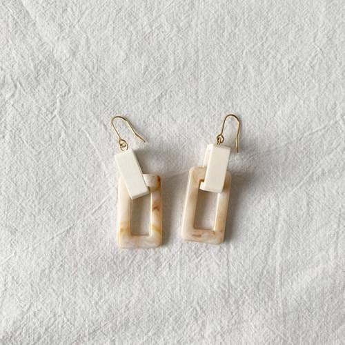 Milky earrings
