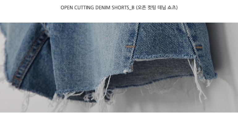 Open cutting denim shorts_B