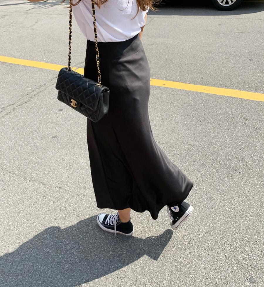 Silk long skirt