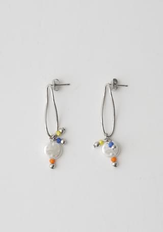 charming color beads earrings