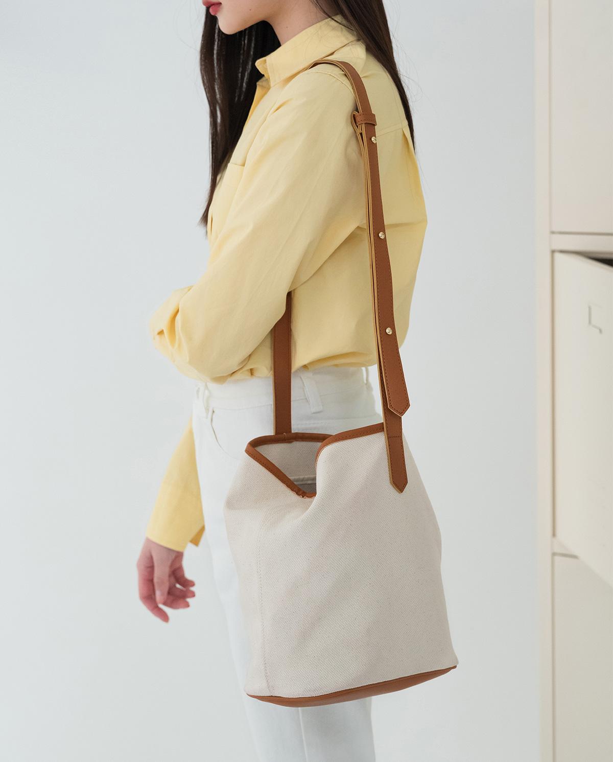 simple canvas bag