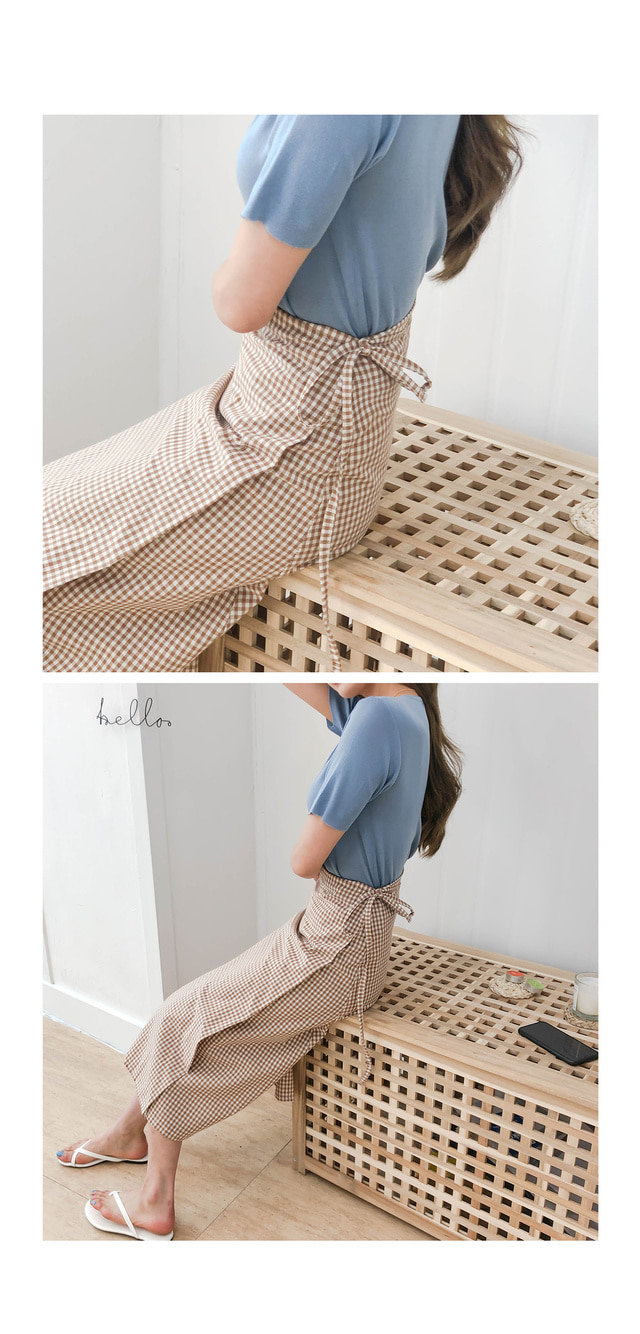 Long sleeved checked sleeves