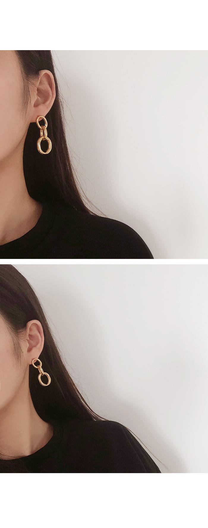 Metal Triple Round Earrings