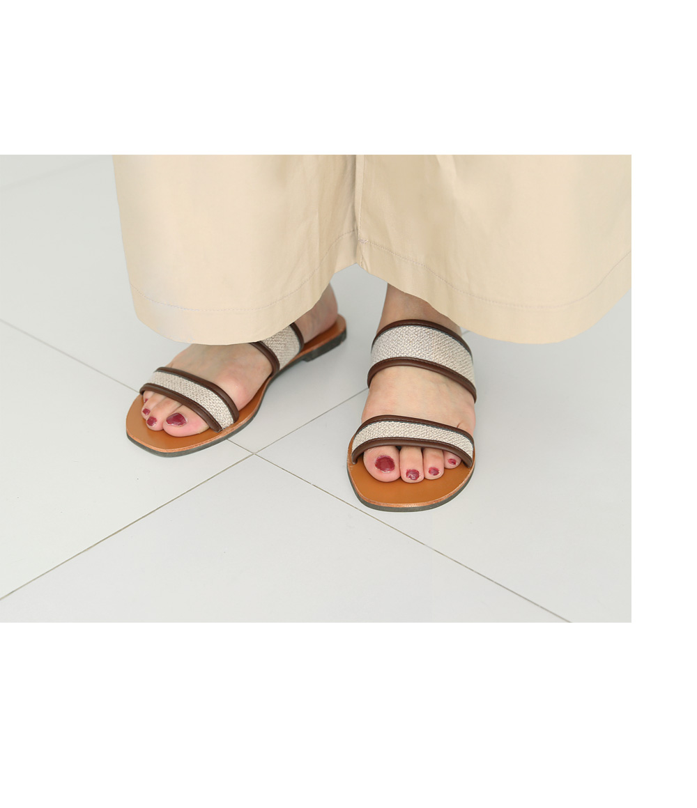 Double strap slippers
