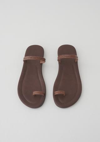 two strap point slipper