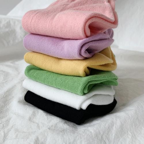 Color angle socks