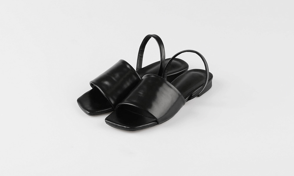 Two-way band slippers