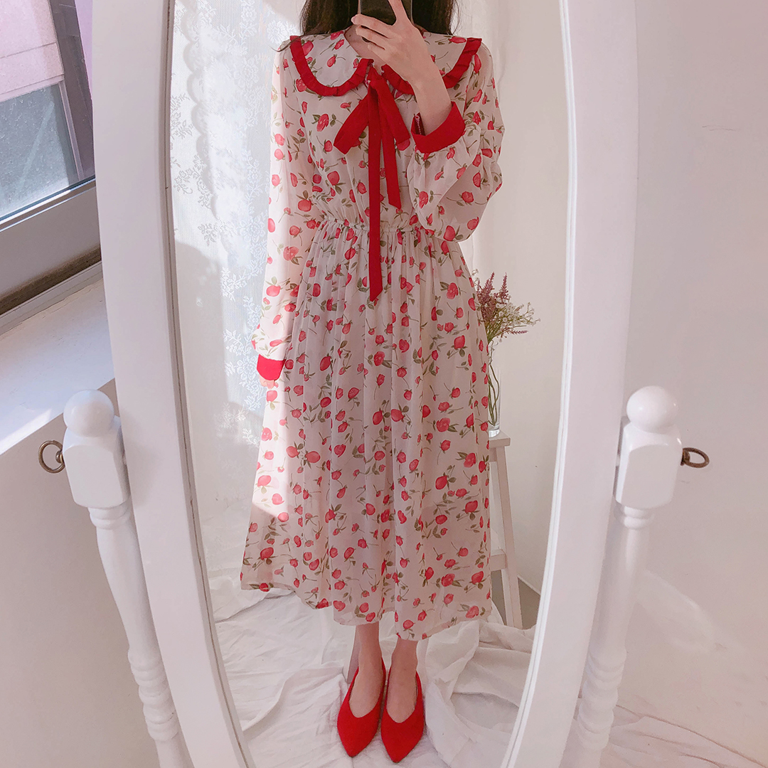 Red Ribbon Long Dress