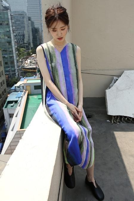 glossy detail watery silky dress