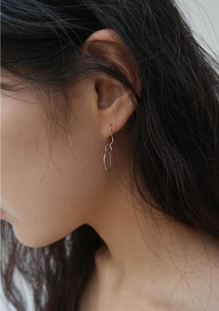 odd mini simple earring