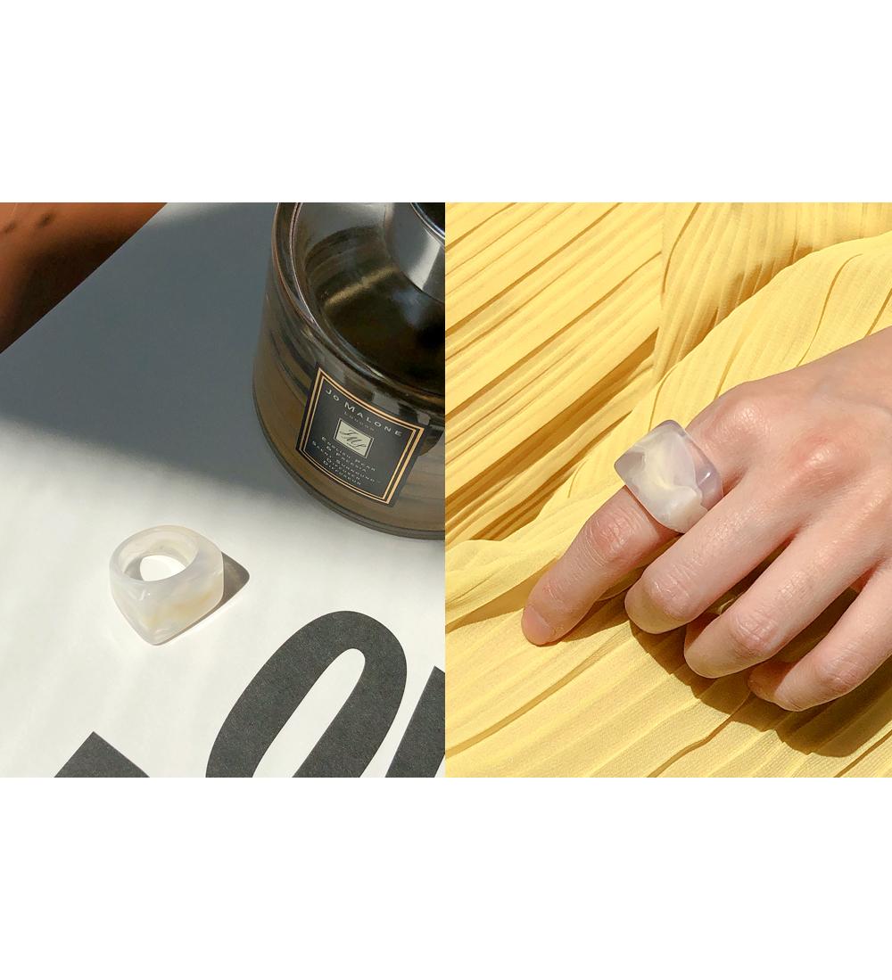 Vintage Emotional Bold Ring