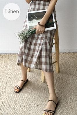 Maroon check linen skirt