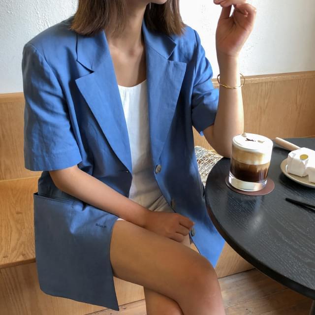 Loose-fit trimmed linen short-sleeved jacket