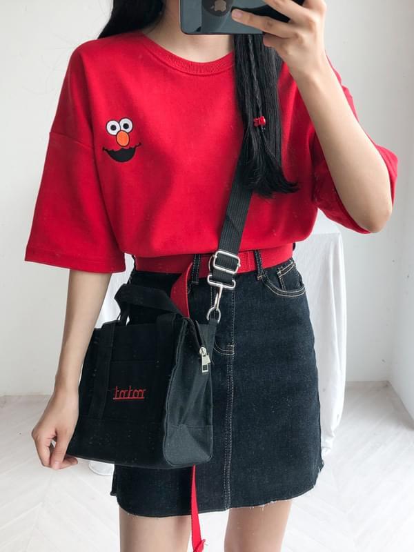 Elmo Embroidered Short Sleeve Tee