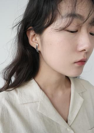 unique curve earrings