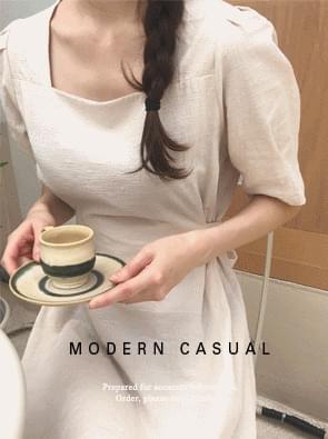 Sensuous linen puff dress