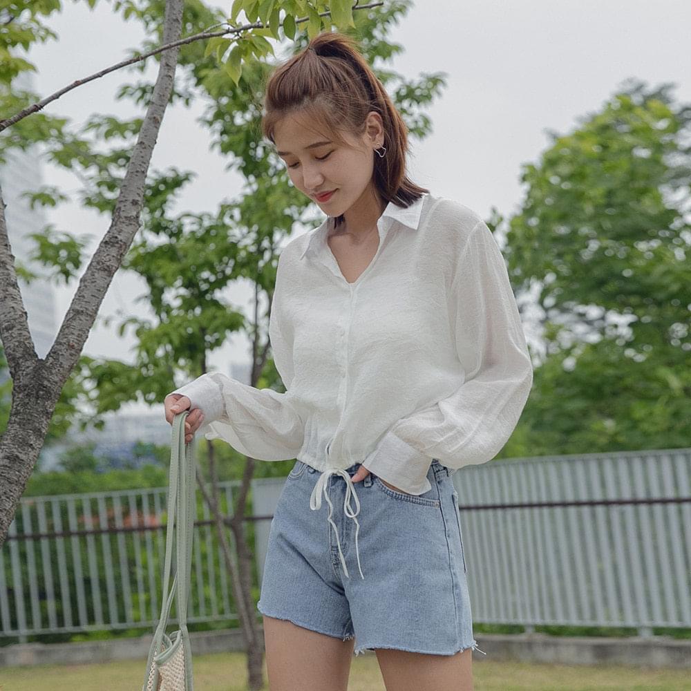 String silky shirt