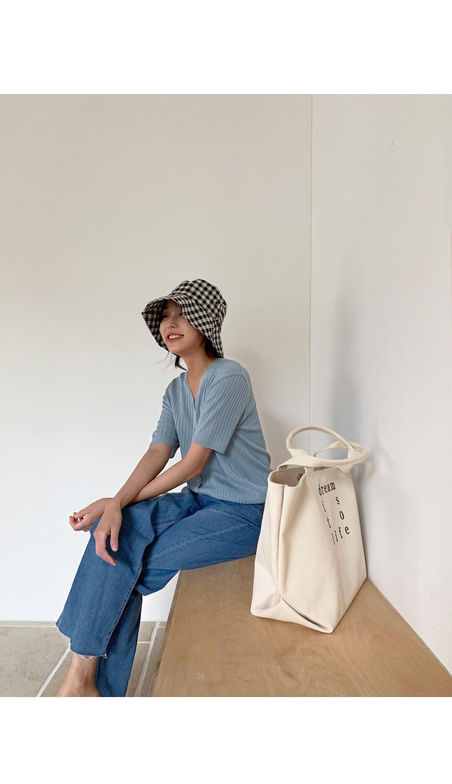 Horn check bucket hat