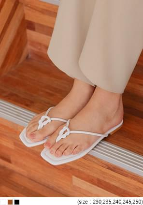 ARIANE TWIST FLIP FLOP SLIPPER