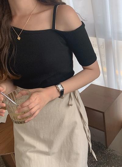 Jade One Shoulder Goldie Tee