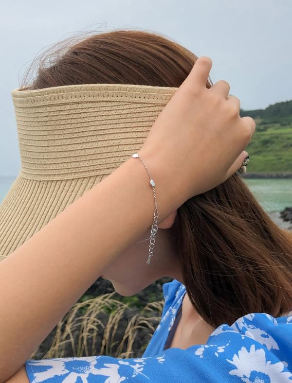 slim chain ball bracelet
