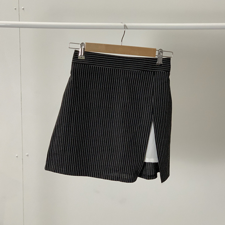 Scoot check mini skirt