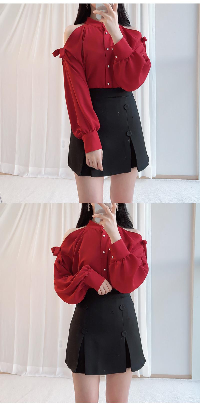 Self-produced ♥ Holter goddess shoulder blouse