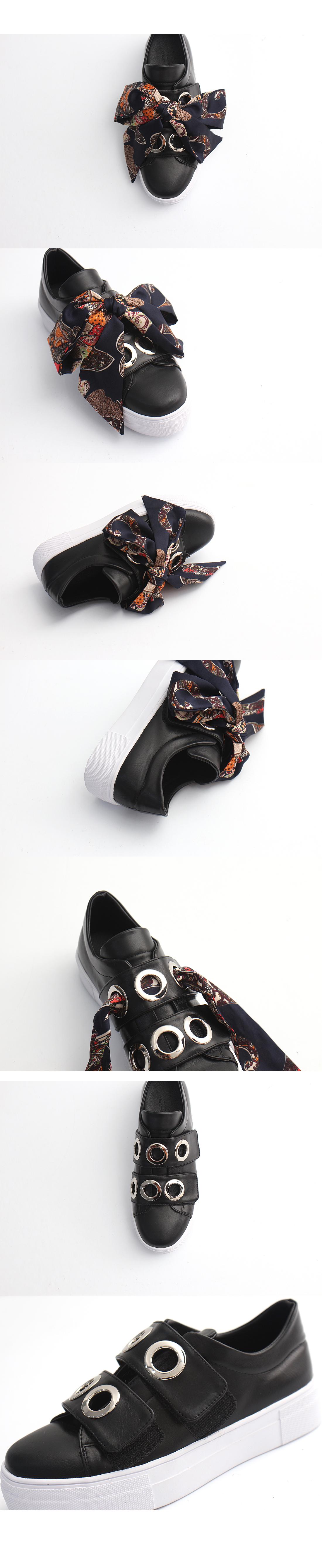 Scarf Velcro Slip-On