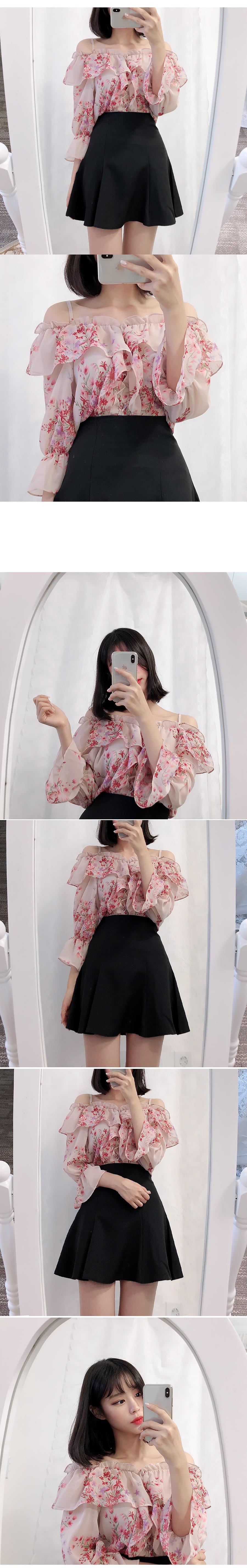 Bling door flower shoulder blouse