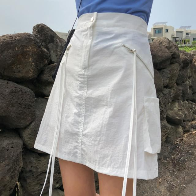 strap point zipper mini skirt