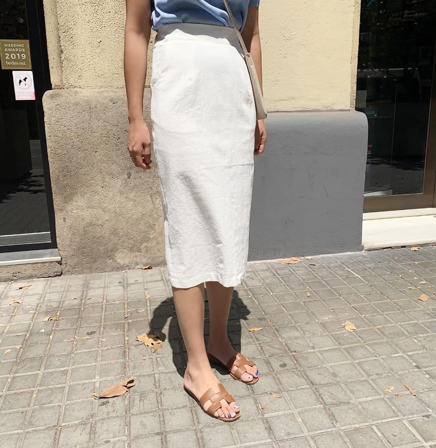 Mono-Bending Skirt