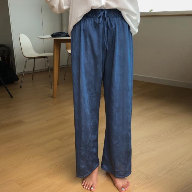shiny wide banding pants