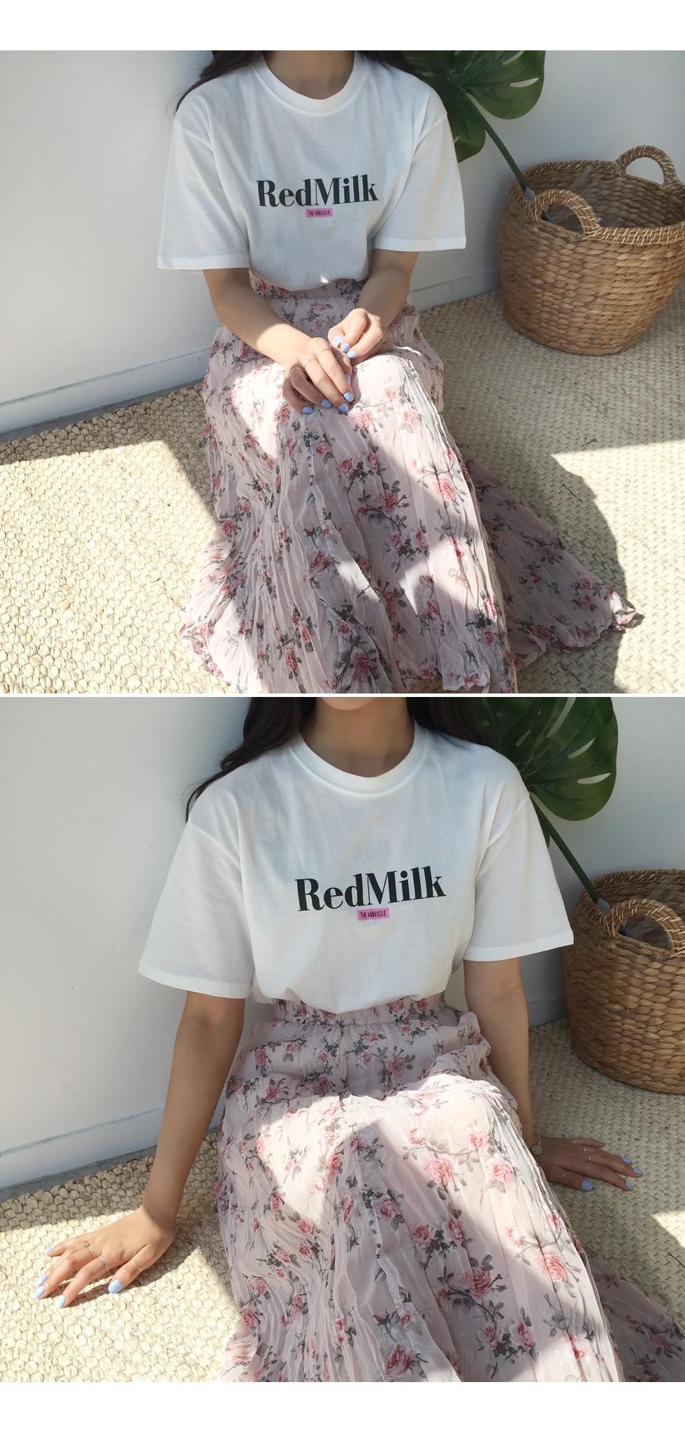 Rose pleated skirt