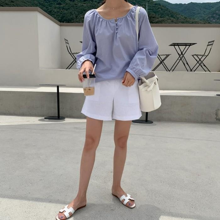Basic pintle linen shorts