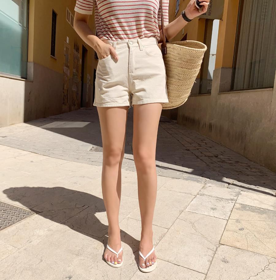 Oatmeal Short Pants