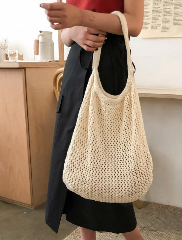 easy knit shoulder bag