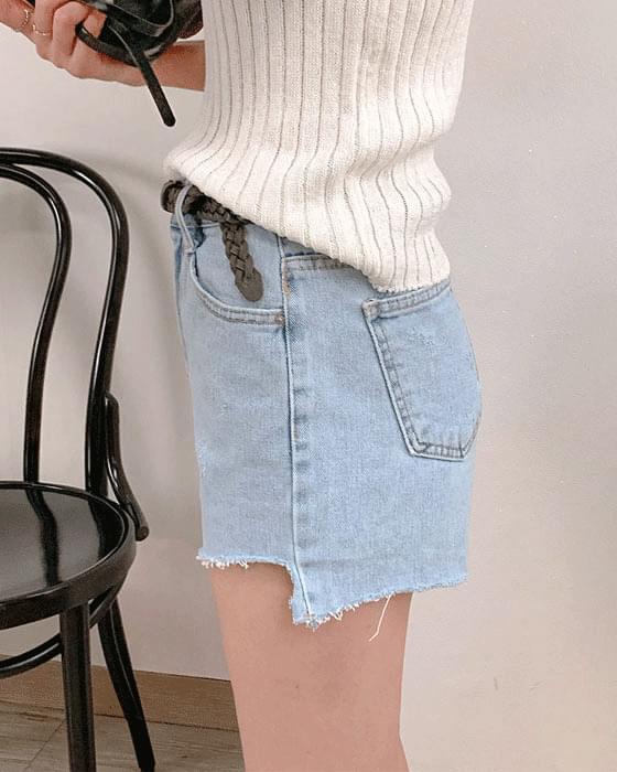 Light blue undress short denim pants