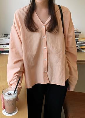 Pitch V-neck blouse
