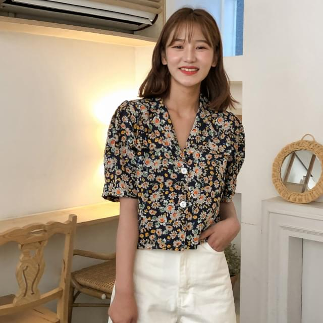 flower point puff blouse