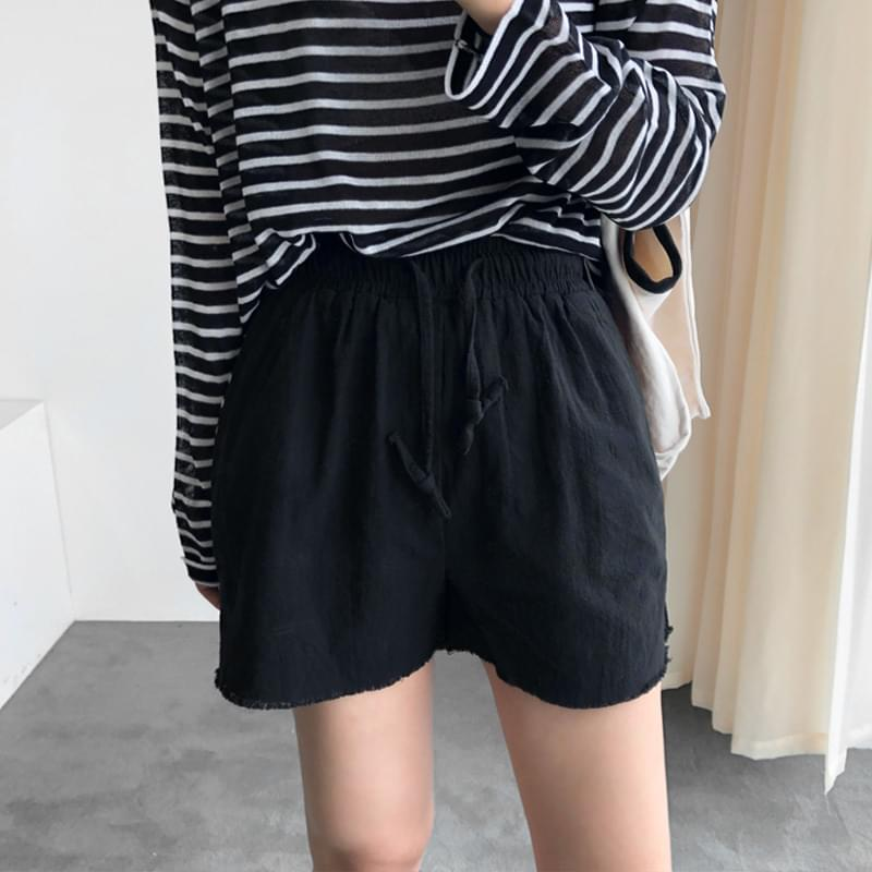 Tail short pants black