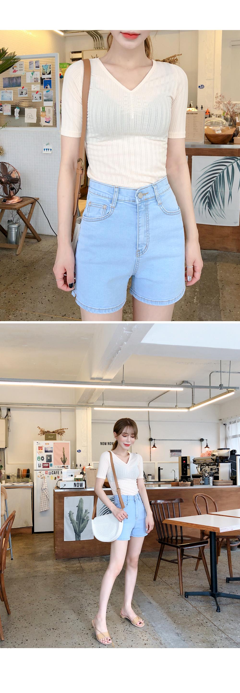 Light hooded pants