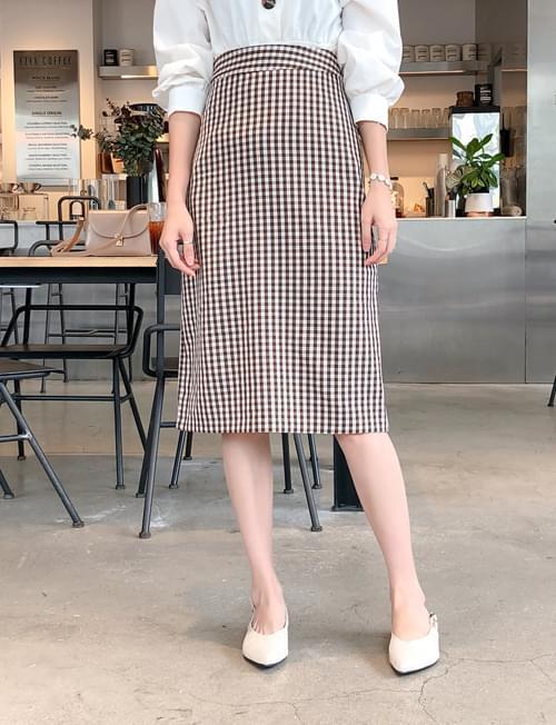 Daily check H line skirt