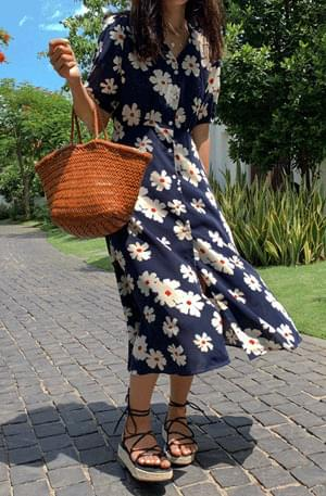 Daisy chestnut flare dress