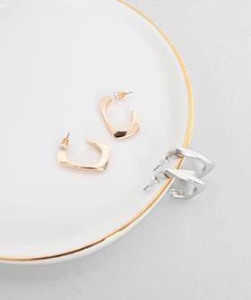 Simple Line Earrings