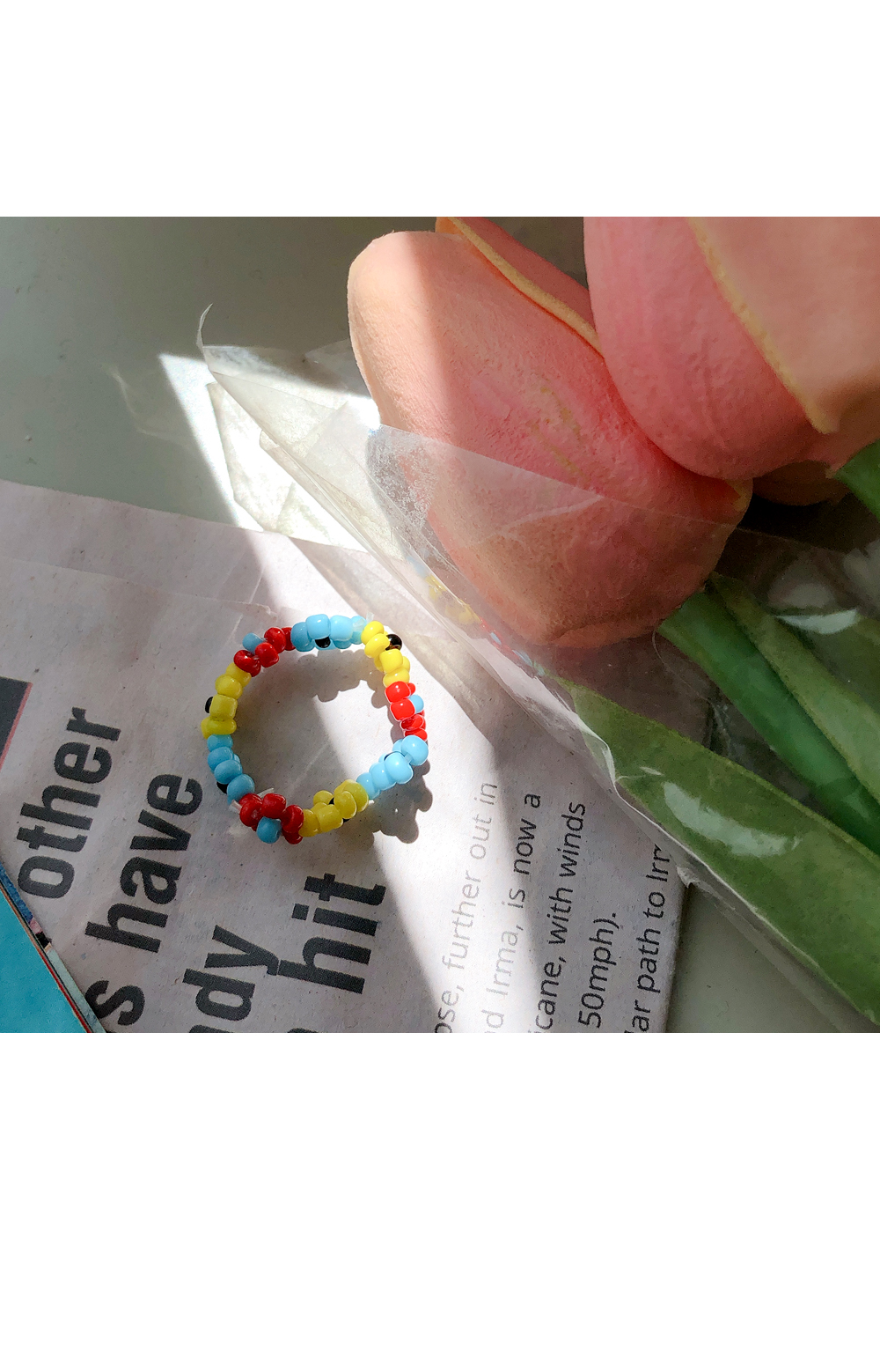 Hug ring with flowers