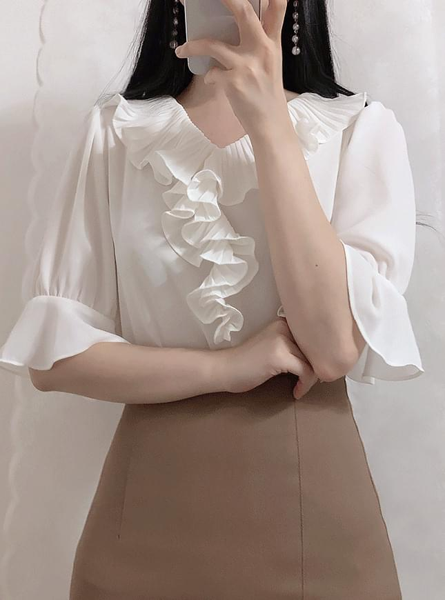 ♥ Eve Shirring blouse