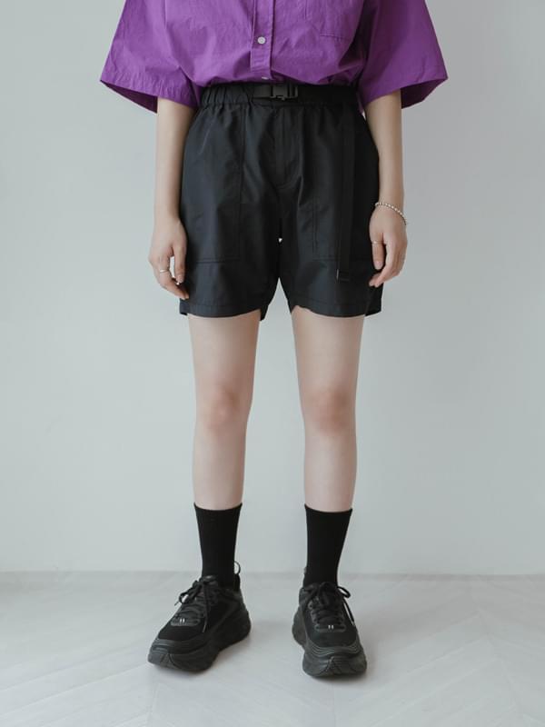 Nylon belt shorts