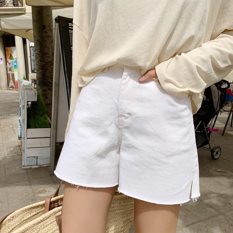 A line short pants